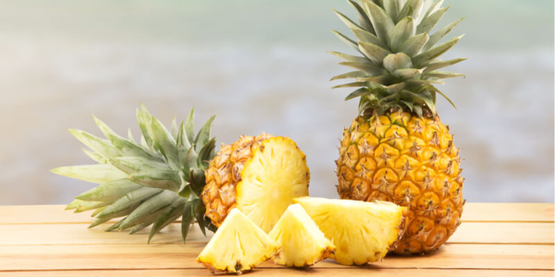 pineapple slices place on a table